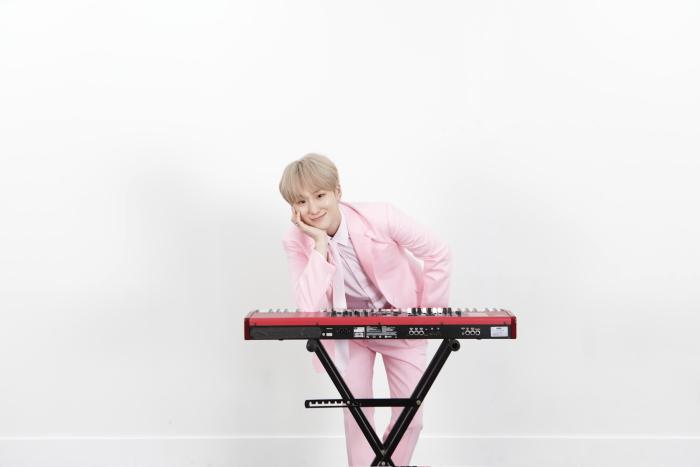 W24: la band il tastierista
