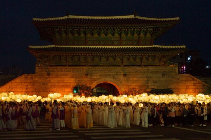 Parata tipica del Lotus Lantern Festival